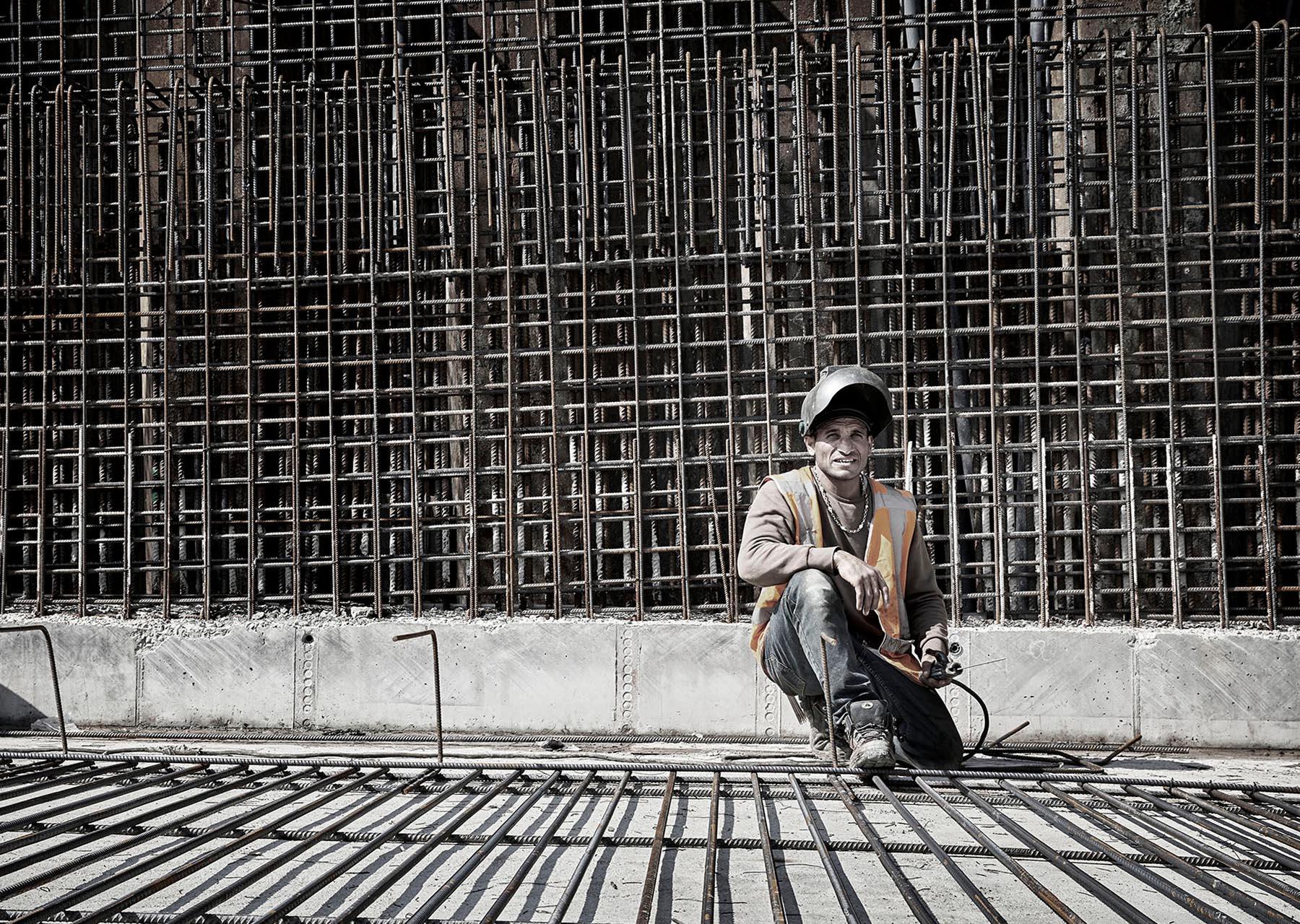RijnlandRoute bouwvakker in bouwplaats